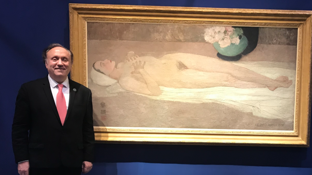 Jean-François Hubert in front of Le Pho's Nude, at the Christie's 2019 auction.