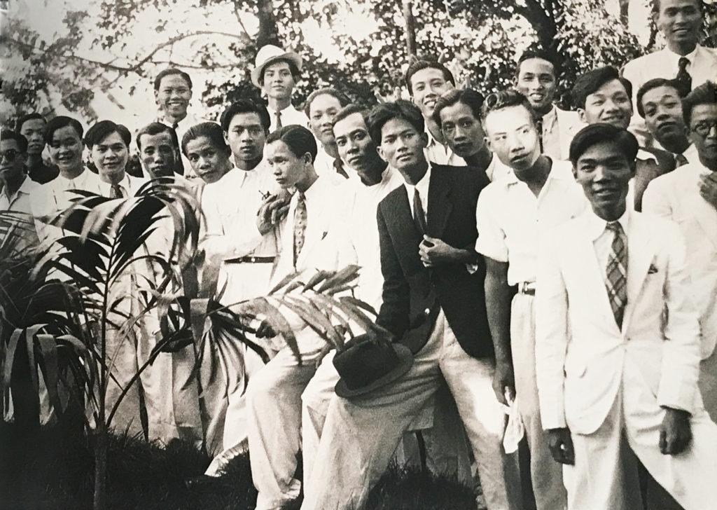 Étudiants de l'École des Beaux-Arts. Hanoi. Années 30